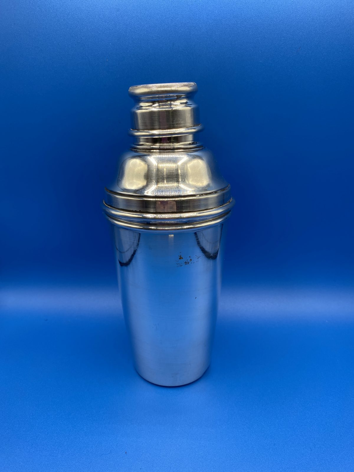 G3 - A Silver Plated Cocktail Shaker.  £65