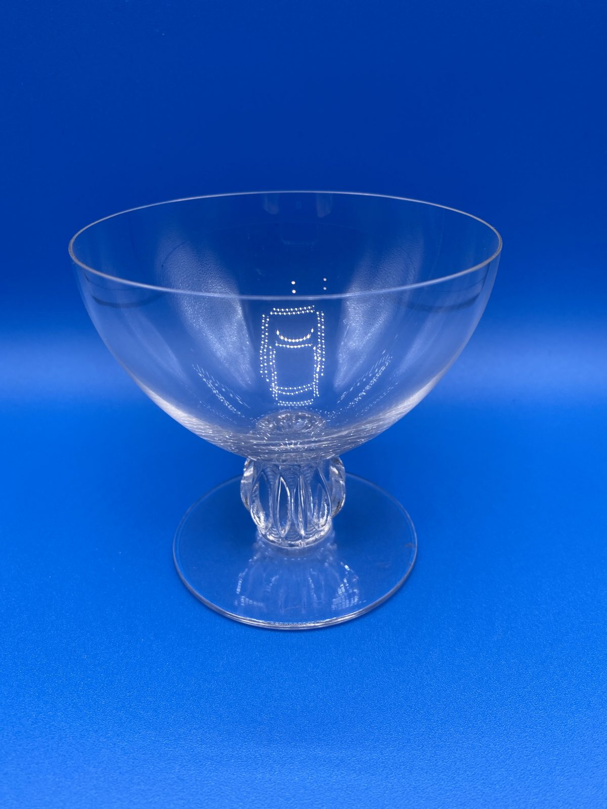 G1 - A Magnificent Set of 6 Rene Lalique Champagne Coupes in the Algers Pattern, c1940, all signed to base.  £695