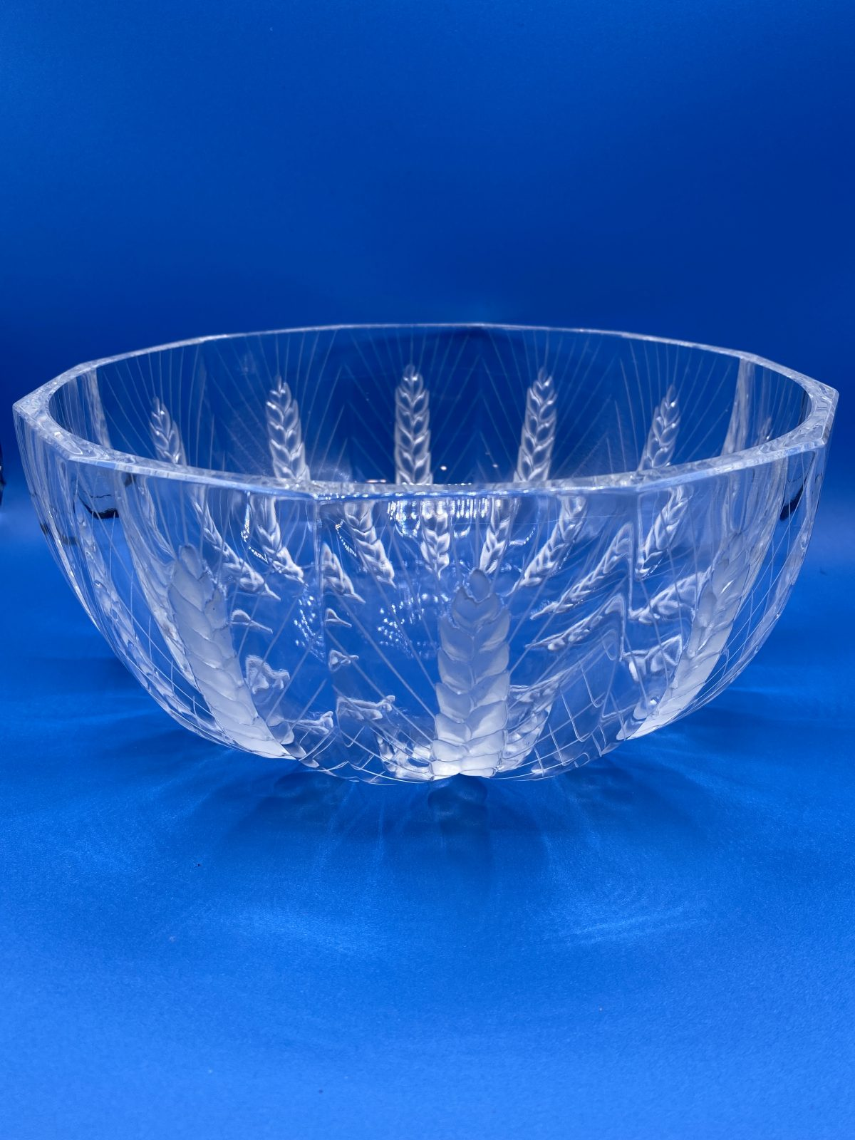 G1 - A Large & Heavy Lalique Bowl with Wheatear pattern, by Marie-Claude Lalique, c 1990, signed to base.  £395